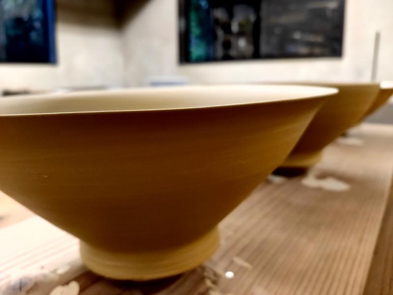 鉢のロクロ引き